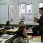 Ноември 2009, среща с випускник на 91. НЕГ от 2001 г., сега преподавател в Канада