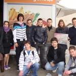 Ученици от техническата комисия